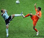 cambiasso_van_nistelrooy